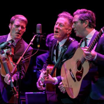 Lyle Lovett and his Acoustic Band by Nicholas Warchol
