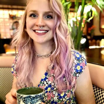 Alexa Mattes Headshot