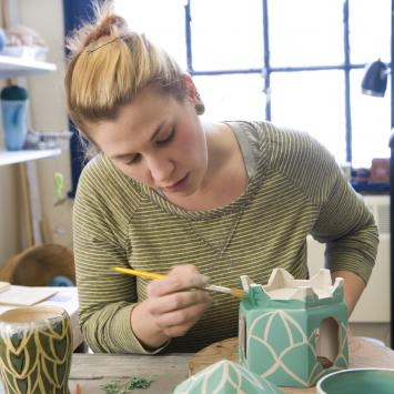 caitlyn marsh ceramics class