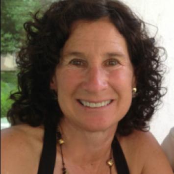 Sarah Paino Headshot